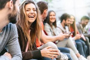 Jugendliche, Freude, Lachen - Viviane Eberlein - Kinder- und Jugendlichenpsychotherapeutin in München